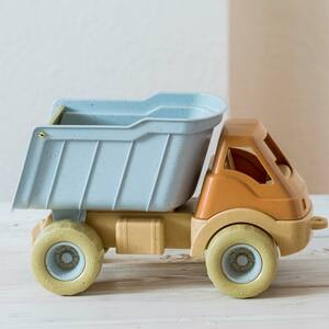 BIO Spielzeug LKW, Geschenkbox - Mitienda Shop