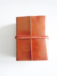 handgefertigtes kleines Büffelleder - Buch - shortn´pietz