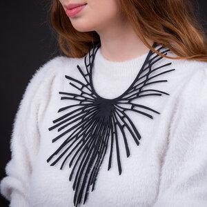 Nova leichtgewichtige Halskette aus recyceltem Kautschuk - SAPU