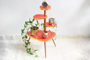Blumentisch im 60er Jahre Design - Mighty Home