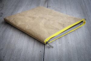 Kraft Papier : Laptop Case/ Tasche, MacBook Hülle 13 Zoll. Lederoptik - BY COPALA