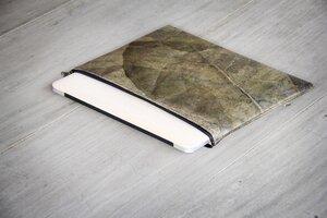 """Laptop Hülle 13 """" Zoll, handgefertigtes Laptop Case aus laminierten Blättern, wasserabreisende Macbook Tasche in grau - metallic / bronze - BY COPALA"""