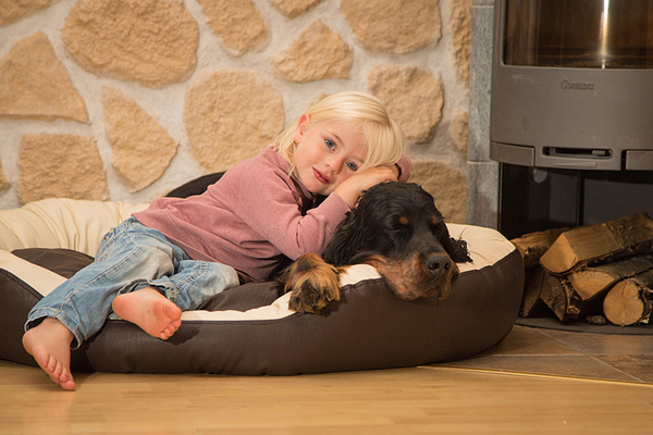 sleepy dog hundebett donut chocolate avocadostore. Black Bedroom Furniture Sets. Home Design Ideas