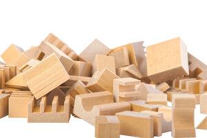 Baukasten mit 107 Holzteilen - Varis Toys