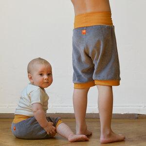 Kurze Nickihose für Kinder & Babys - grau / gelb - Cmig