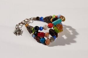 """Mehrreihiges Armband aus afrikanischen Perlen """"MAIDUGURI TRIPPLE mit Verschluss"""" - PEARLS OF AFRICA"""
