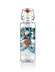 "soulbottle 0,6l • Trinkflasche aus Glas • ""Waterfall city"" - soulbottles"