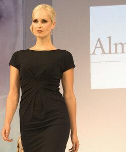 Drape Dress raven - Alma & Lovis