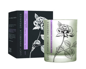 Luxe Aroma-Kerze Rose, Patchouli, Ylang Ylang & Mandrine - Lucy Annabella Organics
