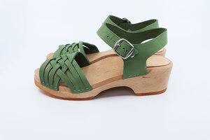VAR - schwedische Holz Clogs Sandale von me&myclogs - low heel - me&myClogs
