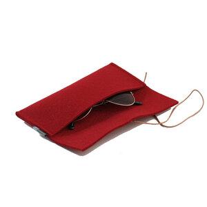 Stifte- oder Brillenetui aus Filz von tuchmacherin, rot - tuchmacherin - handgewebtes design + filz