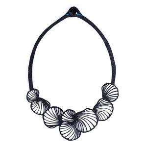 Shell vegane Halskette aus recyceltem Kautschuk - Paguro Upcycle
