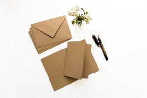 Kartenset aus Recycling Kraftpapier - STUDIO KARAMELO