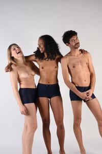 """Eng anliegende Unisex Badehose mit Bein """"TRUNKS"""" - MARGARET AND HERMIONE Swimwear Vienna"""