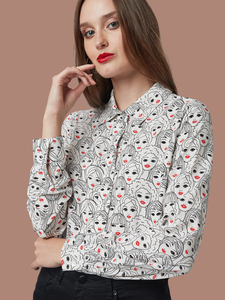"Frauen Bluse aus EcoVero ""Add Lipstick"" Faces In The Crowd - Mademoiselle YéYé"