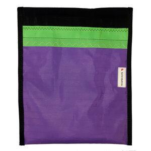Handgearbeitete Notebook-Tasche / Hülle aus Segeltuch upcycled aus Windsurfsegeln UNIKAT 12 Zoll - Beachbreak
