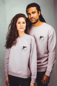 """Unisex Sweatshirt aus Bio-Baumwolle """"Hidden Paradise"""" Stickerei flieder  - Bretter&Stoff"""