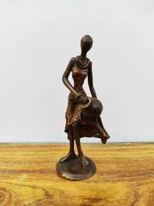 "Bronze-Skulptur ""Femme du Burkina"" - Mama Akua"