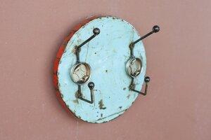 Garderobe 2-fach aus recycelten Ölfässern / Post-Oil Industrial Upcycling - Moogoo Creative Africa