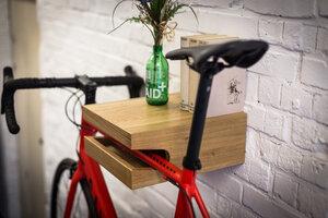 """Fahrrad Wandhalterung """"JOHANNES"""" aus nachhaltigem Holz - Bicycledudes"""