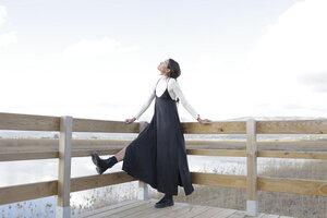 Langes Kleid Tamura aus Cupro in schwarz - Suite 13