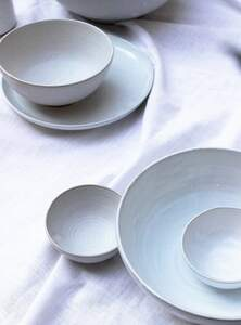 Schale aus Keramik  - weiß - STUDIO JUX