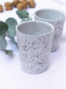Tasse aus Keramik  - weiß schwarz - STUDIO JUX