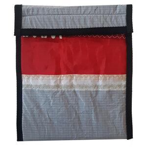 UNIKAT Tablet-Tasche Tablethülle Tablet Sleeve upcycled aus einem Kitesegel / Segeltuch  >10 Zoll - Beachbreak