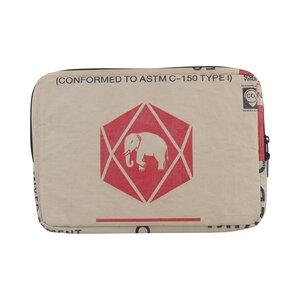 "Laptop-Tasche ""Sleeve"" - 12 Zoll aus Zementsack - Upcycling Deluxe"