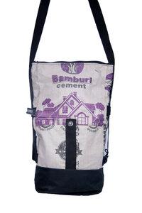 Umhängetasche   recycelt aus Zementsäcken   2 in 1 Tasche und Rolltop Rucksack in verschiedenen Farben in Größe S - Nyuzi Blackwhite