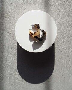 Eckige Ohrringe ATLAS HOOPS aus Acetat - JAN N JUNE