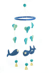 Mobile mit blauen Walen - short'n'pietz