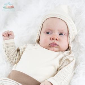 Babymütze mit Ohrenschutz Unbefärbt Bio-Qualität - Mama Ocllo®