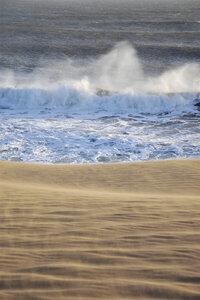 Where Desert Meets Ocean - Poster von Studio Na.hili - Photocircle