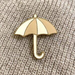 Regenschirmbrosche aus Emaille - ME&MAY