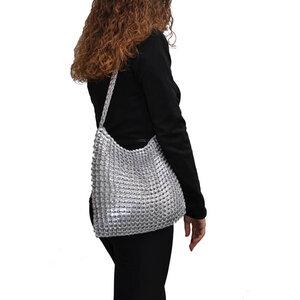Mercedes, große Handtasche aus recycelten Dosenringen - MoreThanHip
