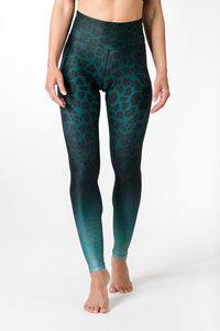 Yoga Leggings GREEN LEOPARD Damen Yogahose aus komfortablen Stretchmaterial - Yoga Hero