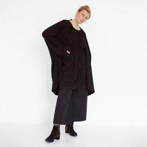fließendes Sommerkleid aus schwarzer Bio-Baumwolle - Natascha von Hirschhausen