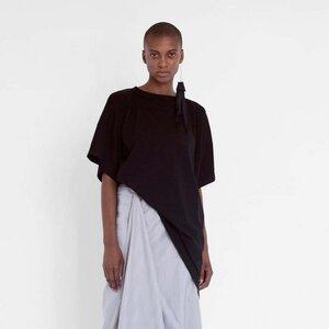 Asymmetrisches T-Shirt aus Bio-Baumwolle - Natascha von Hirschhausen