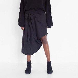 Drapierte Hose in 3/4 Länge aus Bio-Baumwolle - Natascha von Hirschhausen