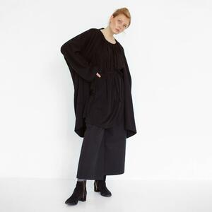 oversized Cardigan mit cut-out Detail aus Bio-Sweat - Natascha von Hirschhausen