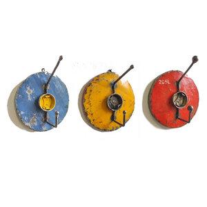 Trio Garderobe 3 Haken verschiedene Farbkombinationen | Post-Oil Industrial Upcycling - Moogoo Creative Africa
