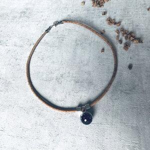 Kork Kette Kugel Glas Anhänger Natur und Schwarz - Living in Kork