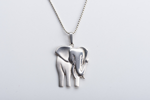 Vintage Unikat: Kugelkette Elefant - MishMish by WearPositive