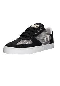 Fair Sneaker Root II - Ethletic