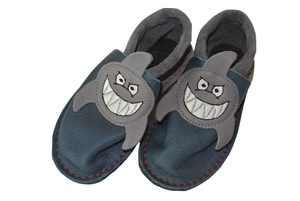 Baby u. Kinder Krabbelschuhe Sharky grau/blau ökologisch - Pololo