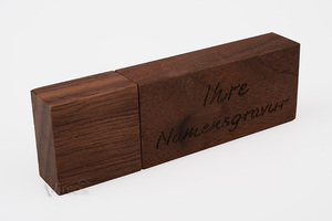 Vireo Holz USB klein, braun - (Gravur) - Vireo