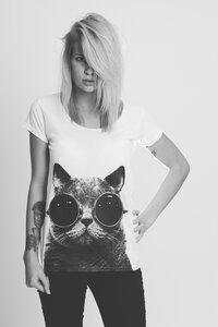 Katze mit Sonnenbrille Girlie Shirt  - RedStigma Clothing