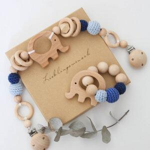 NoniKids Geschenkebox *Wagenkette & Greifling Elefant blau* - NoniKids Berlin