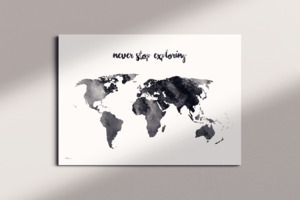 Stylische Weltkarte never stop exploring #1- nachhaltig & handemade in Germany - Wanddekoration Weltkarte - Keilrahmen, Leinwandposter - meine-weltkarte